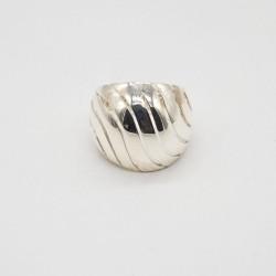 Anillo liso de plata num 19
